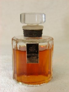 Vintage Le Galion Sortilege Parfum Sample Decant