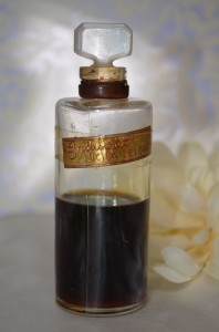 Vintage Indiscret Pure Parfum by Lucien Lelong | Hand Decanted Pure Perfume Sample